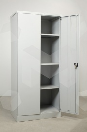 Фото открытого металлического шкафа